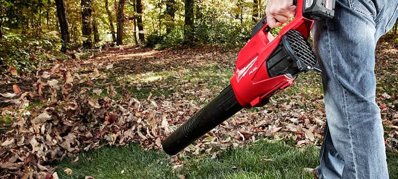 milwaukee leaf blower